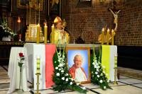 Relikwie św. Jana Pawła II w Farze